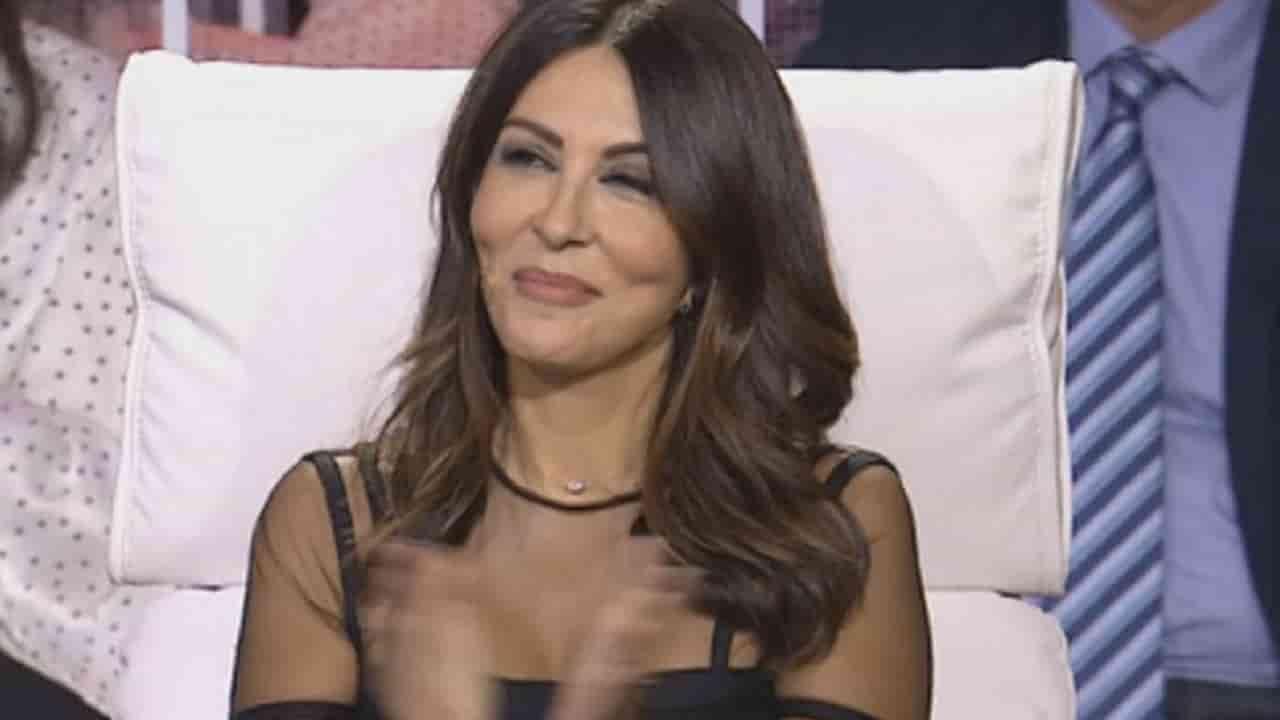 """""""Se nu accendi…"""", Sabrina Ferilli fa il bis a Tu si Que Vales 2021 – VIDEO"""