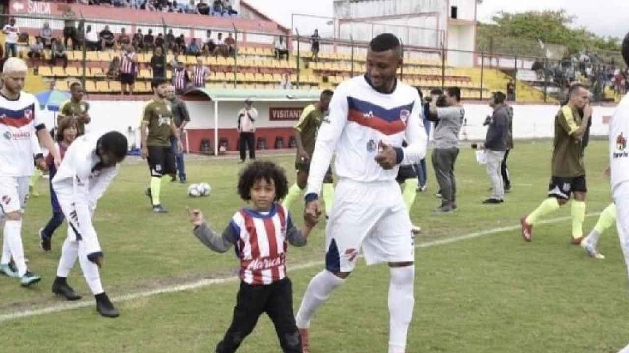 Calciatore brasiliano morto, giocava in serie B2 la sua morte ha sconvolto il calcio carioca (Foto dal web)