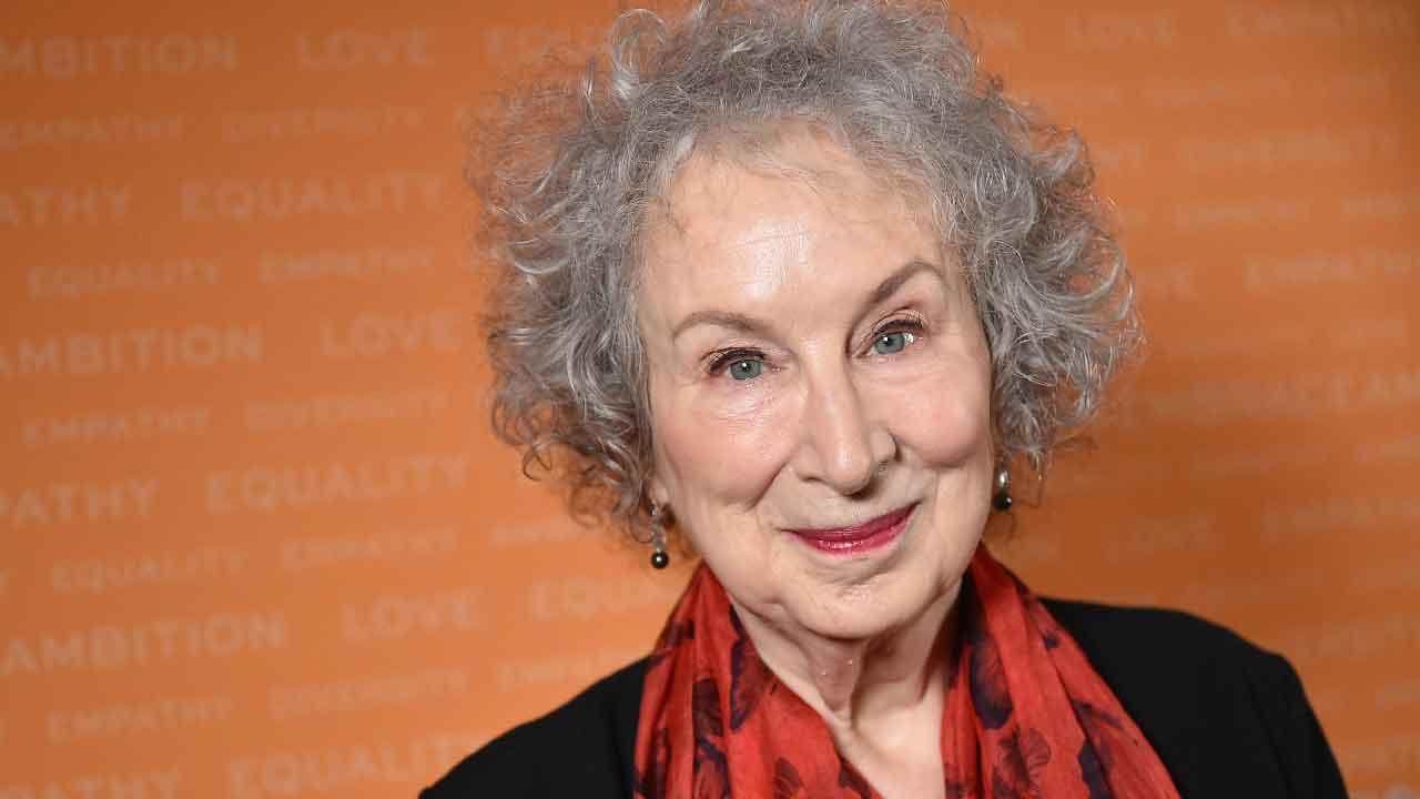 Margaret Eleanor Atwood, chi è la scrittrice e poetessa canadese, carriera e successi (Getty Images)