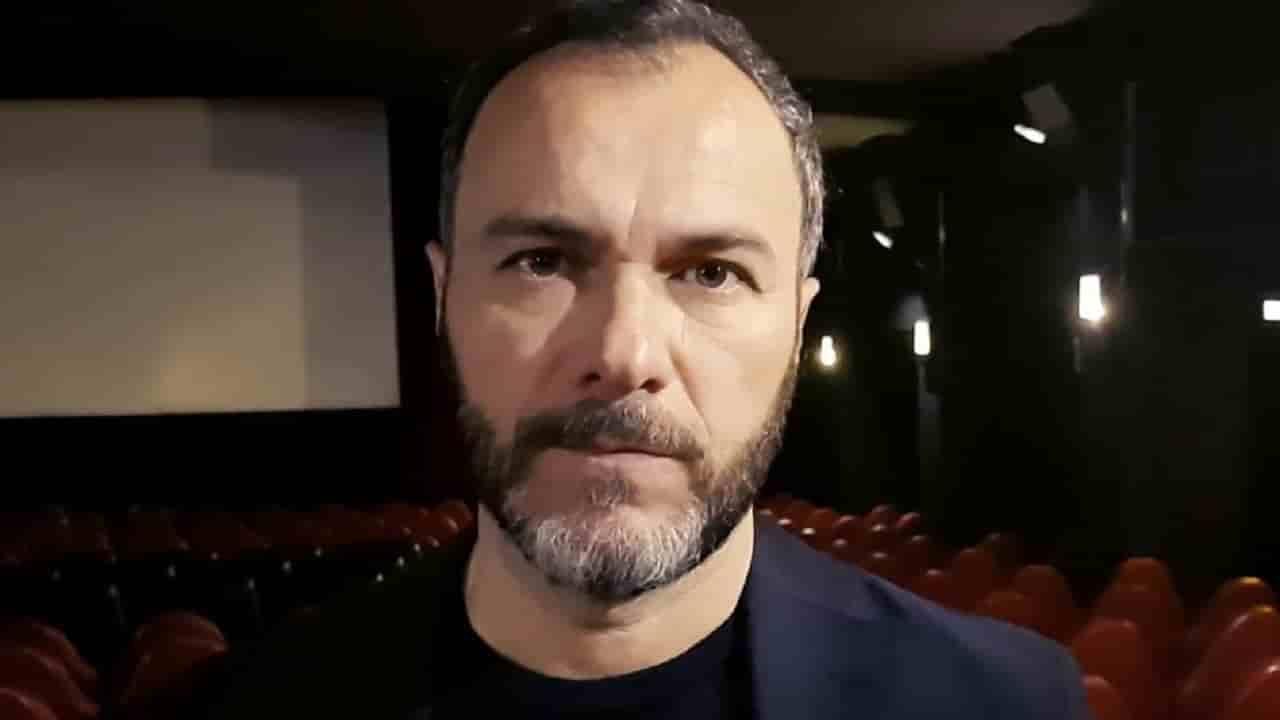 """Massimiliano Gallo, """"una malattia, non ne esco"""": l'attore lo confessa"""