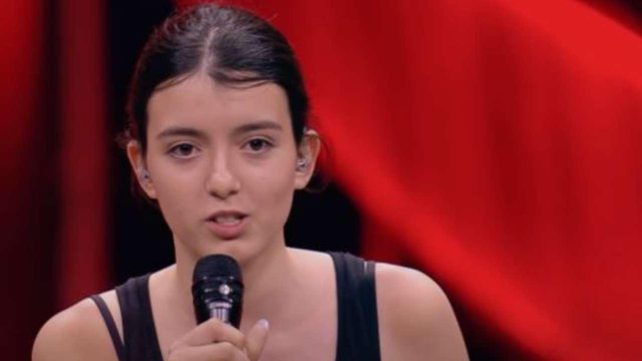 Nika Paris X Factor: età, vero nome, fidanzato, singoli e Instagram